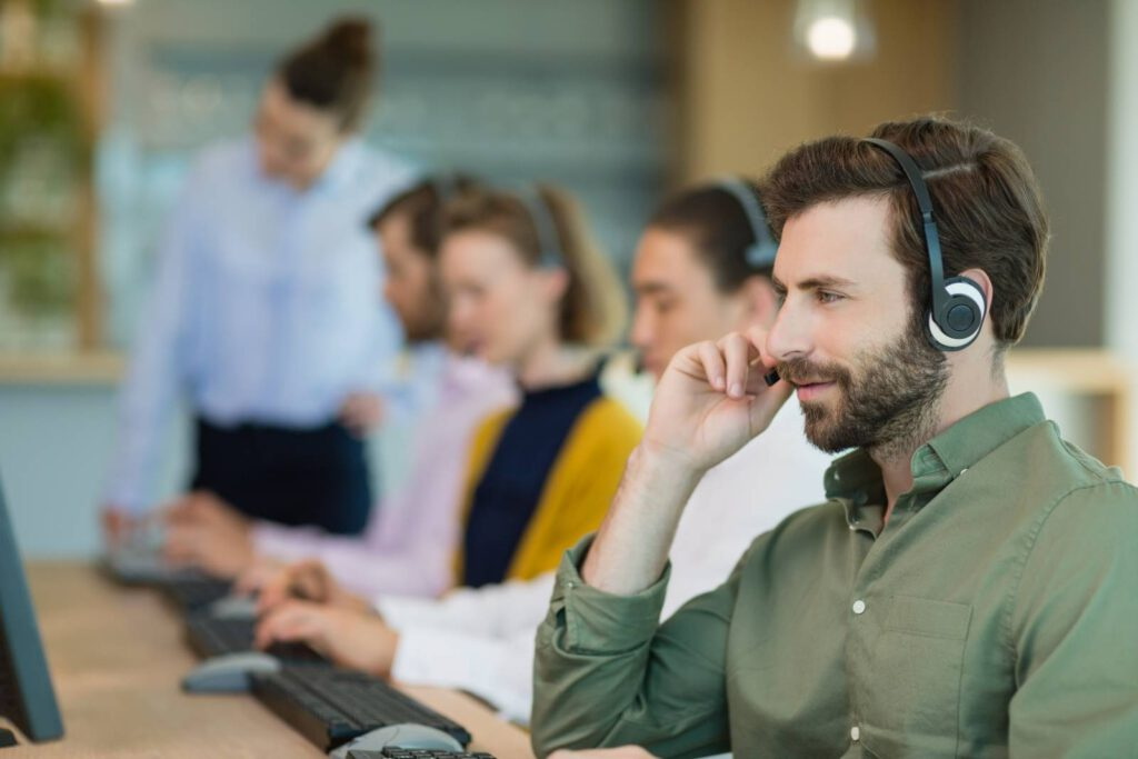 dział pozyskiwania leadów sprzedażowych w call center